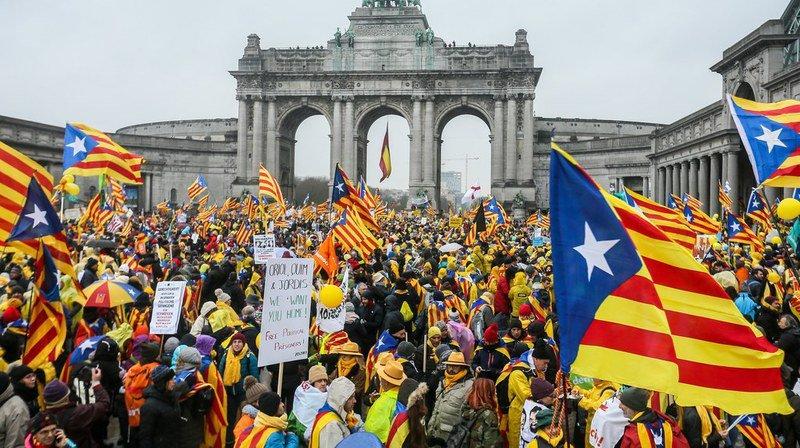Plus de 45'000 manifestants à Bruxelles pour soutenir la Catalogne