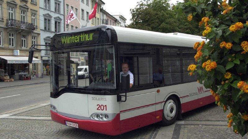 Le bus n'a pas subi de dommages.