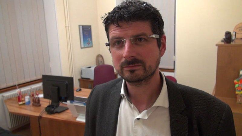 La pression monte sur Yannick Buttet alors que l'UDC demande sa démission