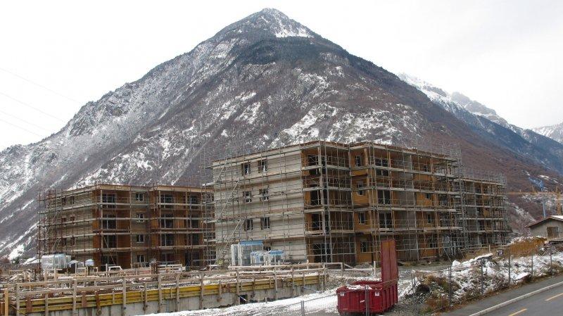 A l'exemple du quartier du Milieu, de nombreux bâtiments d'habitation sont en cours de construction à Martigny.