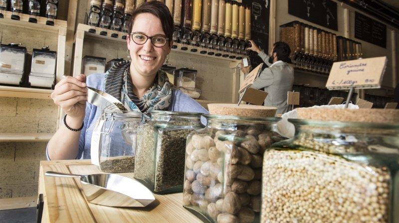 La famille de Nathalie Senggen suit les préceptes du zéro déchet. A quatre, ils remplissent un sac de 35 litres chaque 4 mois!