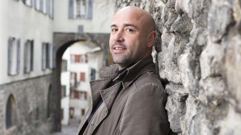 Frédéric Recrosio de retour avec sa «Revue à nous»