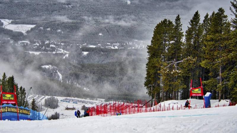 Max Burkhart a chuté lors d'un entraînement officiel à Lake Louise, station qui a accueilli les jours précédents des épreuves des Coupes du monde dames et messieurs de ski alpin.