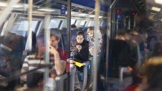 Elle demande son petit ami en mariage via les haut-parleurs du train reliant Bâle à Zurich