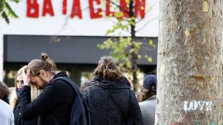 Attentats du 13 novembre: les commémorations en images