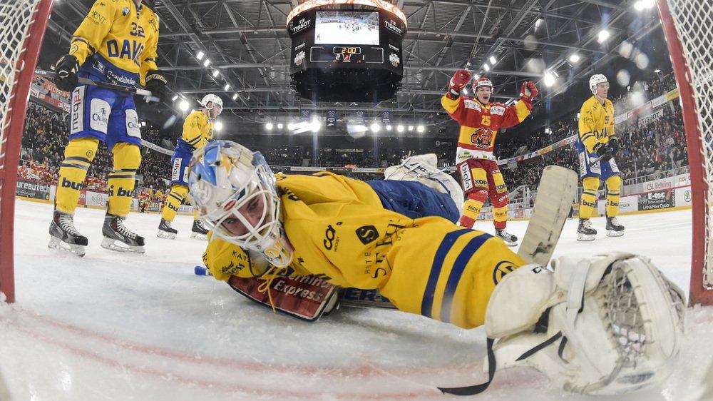 National League: Bienne écrase Davos, Lausanne perd aux prolongations contre Berne