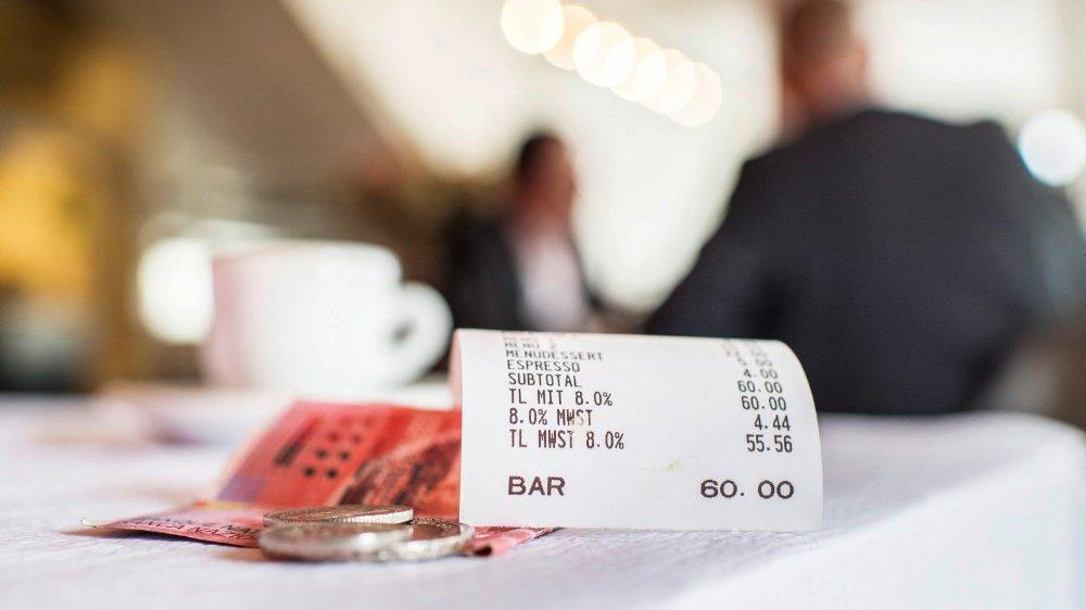 Le grand argentier de la Confédération,  Ueli Maurer, estime que pour  un café vendu 5francs, la baisse  serait de 1,5centime.