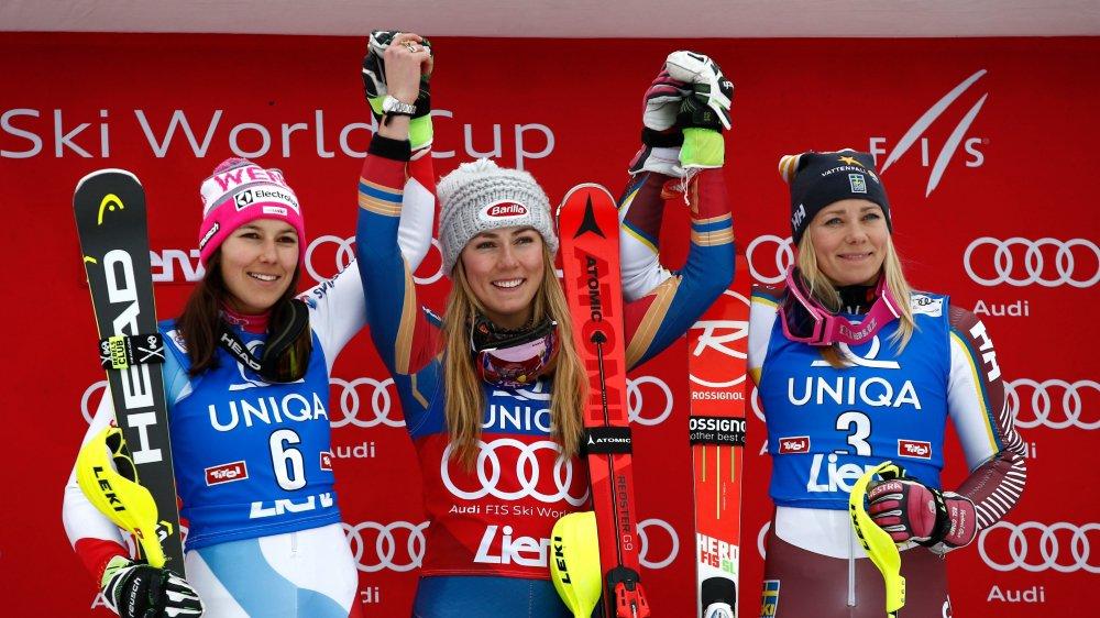 Une 36e victoire pour Mikaela Shiffrin (au centre).