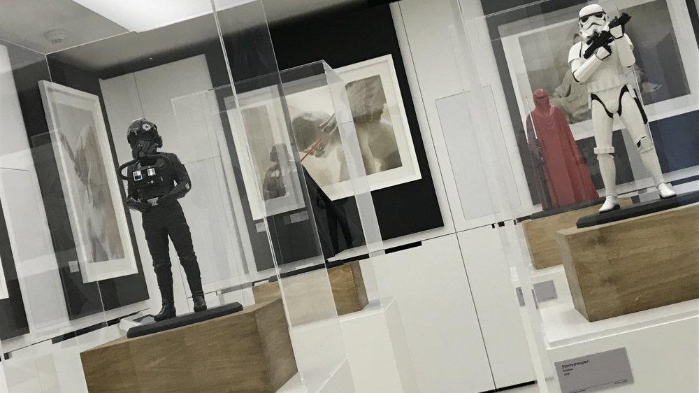 L'exposition, sur trois étages, propose toutes sortes de représentations propres à l'univers sidéral de «Star Wars» cher à George Lucas.