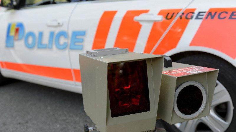 Genève: en service, un policier roule à 132 km/h au lieu de 50, il est condamné pour délit de chauffard