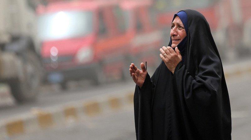Au moins cinq personnes ont péri samedi dans un attentat perpétré par un kamikaze près d'un point de contrôle des forces de sécurité dans le nord de Bagdad.