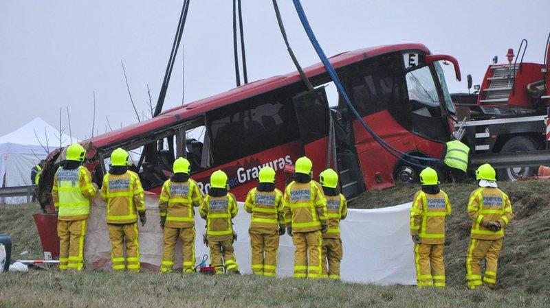 France: un an après l'accident de car mortel, les Portugais de Suisse craignent la route RCEA