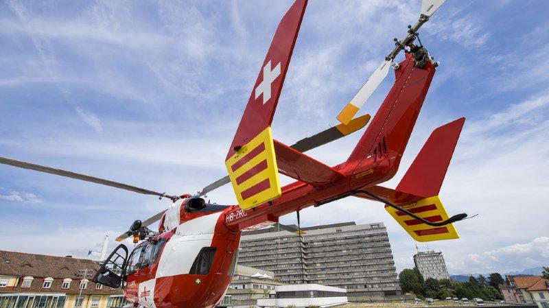 Cinq patients ont bénéficié de l'autorisation exceptionnelle de missions de nuit accordée à la Rega par l'Office fédéral de l'aviation civile.