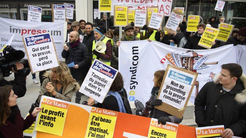 Lausanne: des journalistes manifestent pour dénoncer la politique de Tamedia