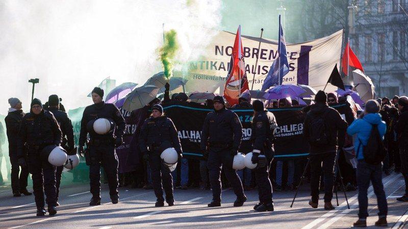 20'000 manifestants, selon la police, ont formé un long cortège dans le centre-ville à destination du quartier des ministères.