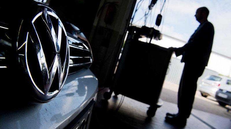 D'après les calculs de l'association alémanique, les clients ont payé en moyenne 15% de trop, soit un montant compris entre 3000 et 7000 francs, selon le prix d'achat du véhicule.