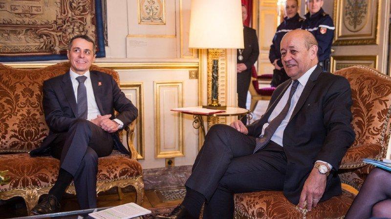 Suisse-France: à Paris, Ignazio Cassis se plaint du traitement réservé par l'UE