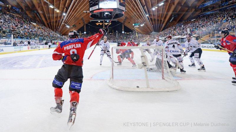 Hockey: bon début de la Suisse qui bat Riga pour son premier match de Coupe Spengler