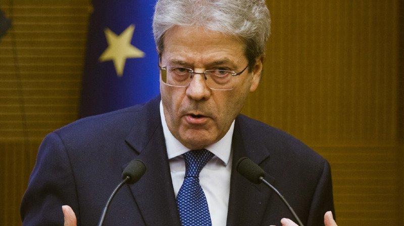 Le président de la République italienne Sergio Mattarella a dissous jeudi le parlement qui arrivait bientôt en fin de mandat.