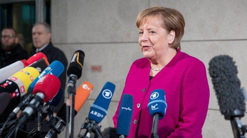 """Allemagne: Angela Merkel et Martin Schulz promettent """"un nouveau style politique"""""""
