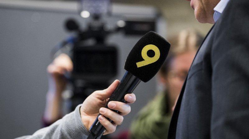 """En Suisse romande, si l'initiative passe, """"seules quatre radios régionales continueront d'être exploitées au lieu des douze actuelles et des cinq chaînes TV. (illustration)"""