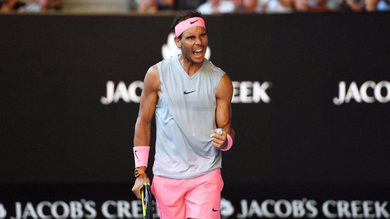 Open d'Australie: Rafael Nadal poursuit sa route à Melbourne en battant l'Argentin Mayer en 3 sets