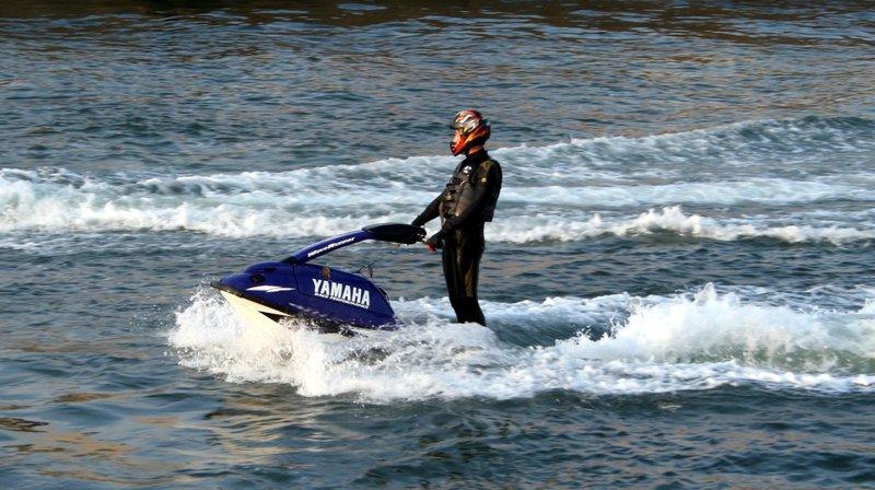 Les jet-skis indésirables sur le lac Léman