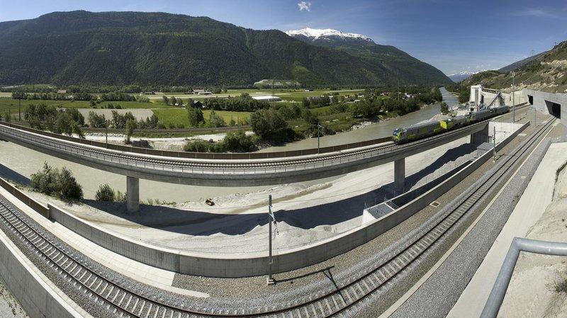 L'extension du tunnel du Lötschberg est désormais sous toit, financièrement parlant.