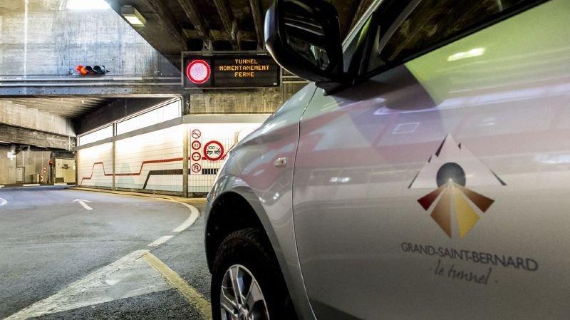 Le panneau annonçant la fermeture du tunnel du Grand-Saint-Bernard n'est bientôt plus qu'un mauvais souvenir. Les travaux de réfection de la voûte côté italien auront duré un peu plus d'un mois.