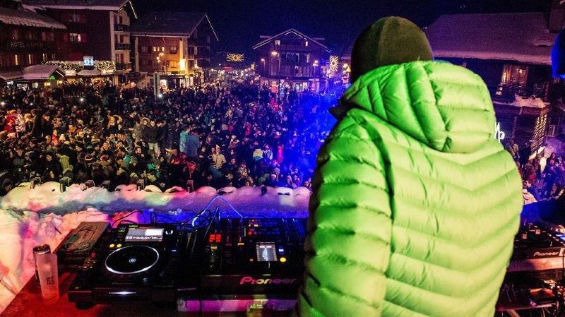 Comme chaque année au réveillon, la grande foule est attendue sur la place de Verbier.