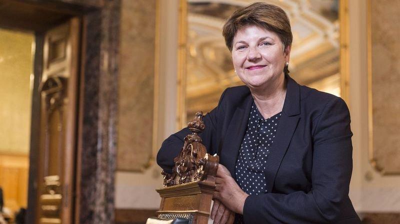 Succession de Doris Leuthard: Viola Amherd vue par les médias suisses