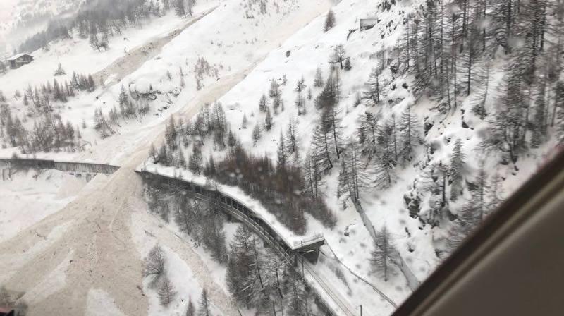 Zermatt est confiné mais aucune maison n'est pour l'heure évacuée.