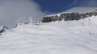 Valais: déclenchements d'avalanches depuis un hélicoptère à Belalp