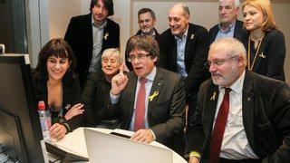 Catalogne: les indépendantistes majoritaires, le parti unioniste en tête des suffrages