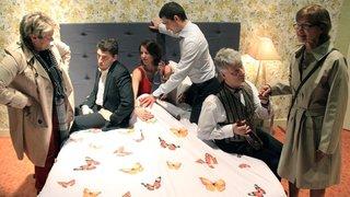 La troupe du Tové s'apprête à servir  à cinq reprises le dîner au lit