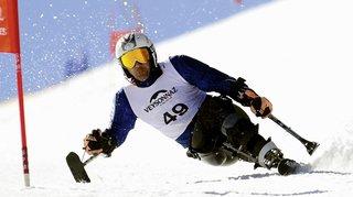 Ski handicap: des rafales de plus de 100km/h balaient le géant de coupe du monde programmé mardi