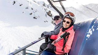 Ils passent tout l'hiver  sur les skis
