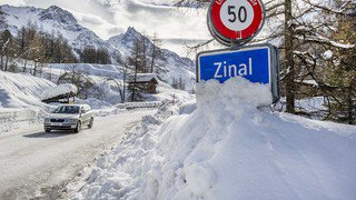 Intempéries: ambiance à Zinal lors de la réouverture de la route ce mardi