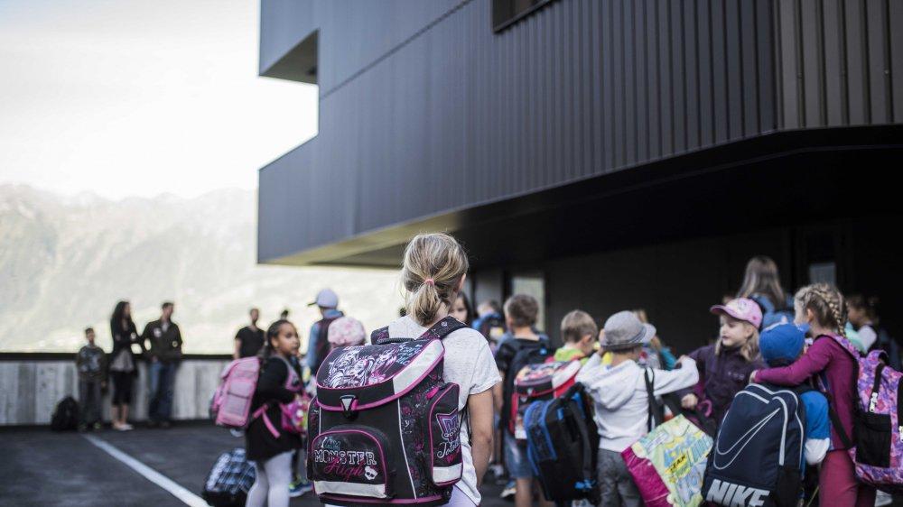 Les élèves valaisans iront à l'école le mercredi 28 après-midi. Cette situation particulière ne se reproduira plus à l'avenir.