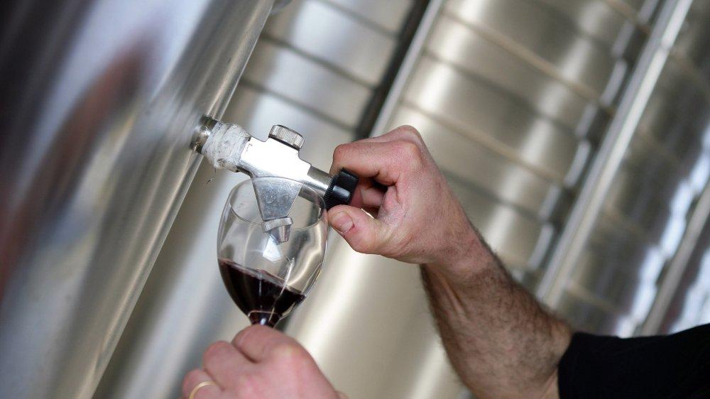 Un cartel du vin en Valais?
