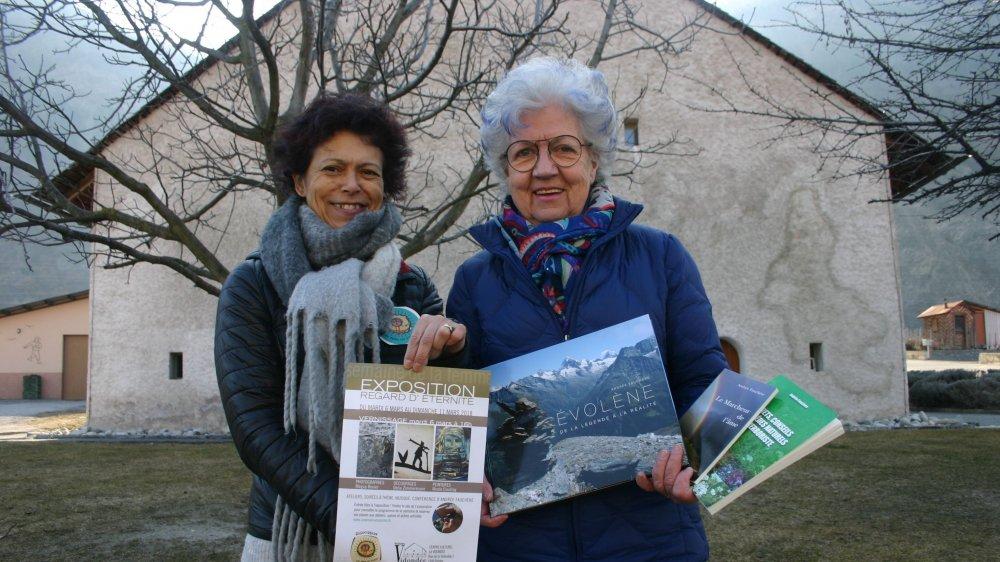 Carole Juillard, présidente d'Une main un sourire (à g.), en compagnie d'Andrée Fauchère.