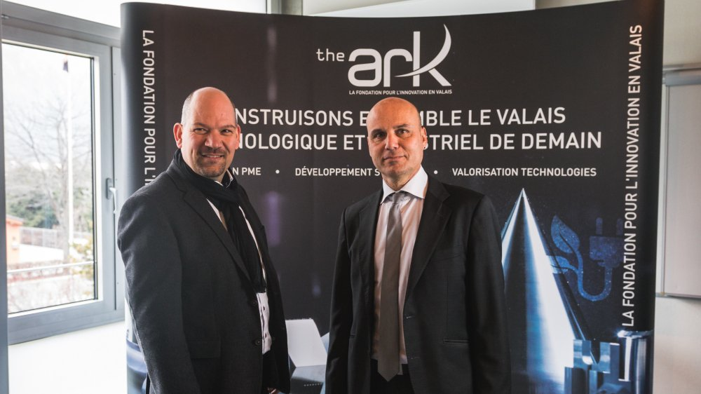François Seppey (à droite) quitte la présidence de la Fondation The Ark. Il est remplacé par Jean-Albert Ferrez, qui vient de prendre ses nouvelles fonctions.