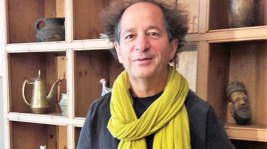 Jean-Luc Tournier nourrit son raisonnement des nombreuses expériences vécues par les personnes qui font appel à lui.