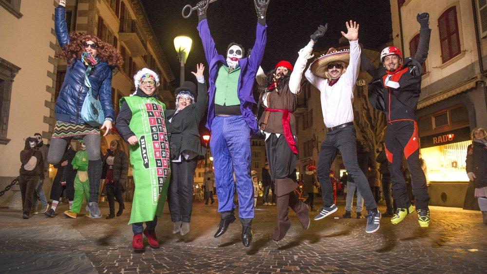Le conseil municipal de Sion s'est déguisé jeudi soir pour l'ouverture du carnaval.