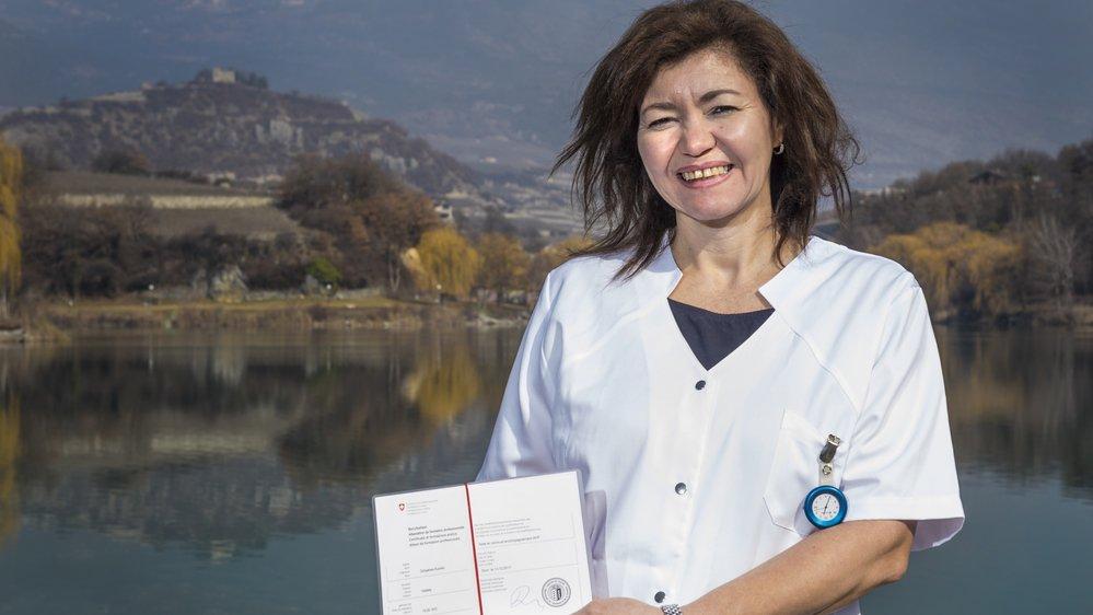 Valdete Gonçalves Kuonen a obtenu son Attestation de formation professionnelle d'aide en soins et acconpagnement et lorgne sur un CFC.