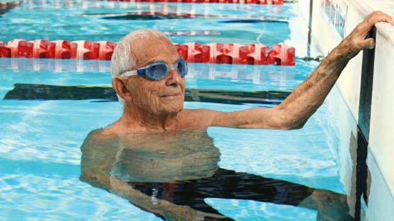 Natation: l'Australien Georges Corones, 99 ans, établit un nouveau record en 50 m libre