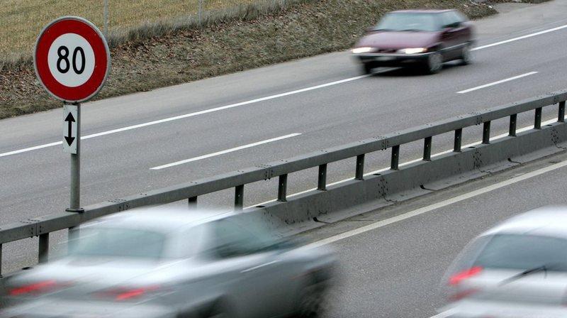 Grisons: un automobiliste flashé à 150 km/h dans le tunnel du San Bernardino