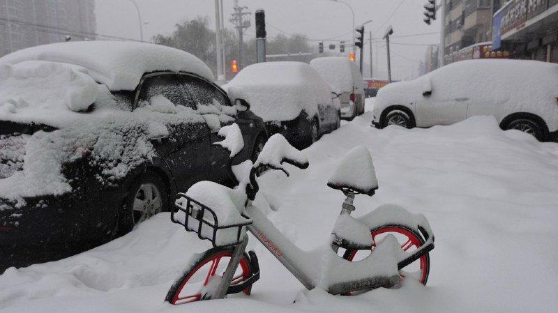 De fortes chutes de neige sèment le chaos dans plusieurs régions de Chine