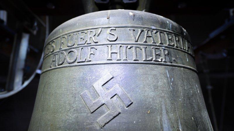 Allemagne: un village décide de conserver une cloche dédiée à Hitler