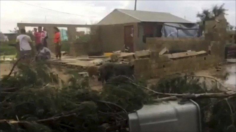 Cyclone Gita: l'aide arrive aux Tonga, les Fidji semblent épargnées